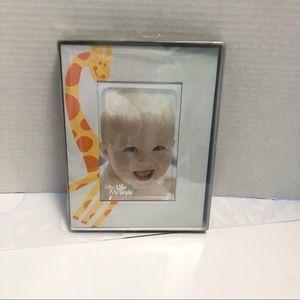 BNIB Giraffe Photo Frame for Baby's Room